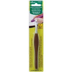 Clover Amour Crochet Hook 6MM
