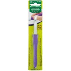 Clover Amour Crochet Hook 10mm