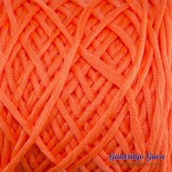 Gantsilyo Guru Bulky Cashmere Blend Neon Orange