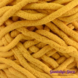 Gantsilyo Guru Super Bulky Chenille Golden Yellow