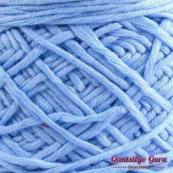 Gantsilyo Guru Bulky Cashmere Blend Powder Blue
