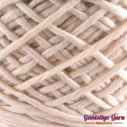 Gantsilyo Guru Bulky Cashmere Blend Cream