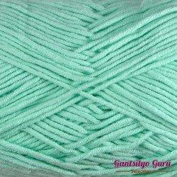 Gantsilyo Guru Milk Cotton Light Mint Green